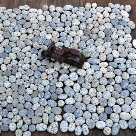 mozaika kamienna industone otoczaki przepiórcze