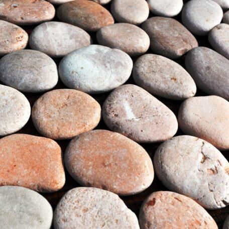 InduStone Mozaika Kamienna na siatce PINK Interlock różowe otoczaki 30×30 (2)