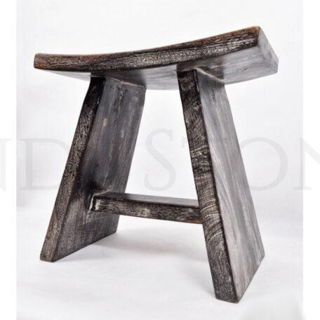 czarny-taboretsiedzisko-z-drewna-egzotycznego (4)