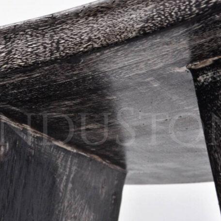 czarny-taboretsiedzisko-z-drewna-egzotycznego (6)