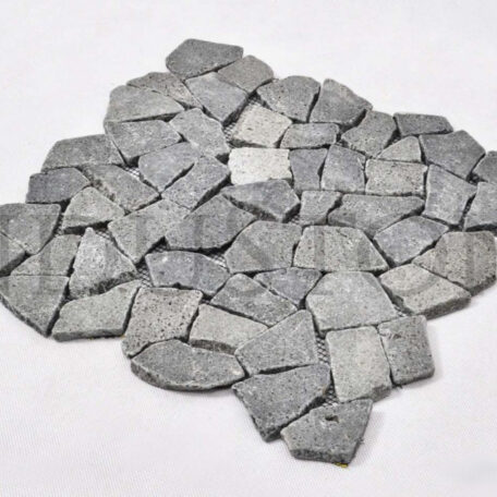 andezyt-interlock-czarna-lamana-mozaika-kamienna-na-siatce-industone (1)