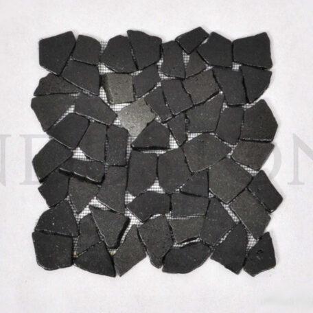 andezyt-interlock-czarna-lamana-mozaika-kamienna-na-siatce-industone