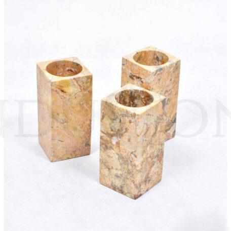 red-stone-pojemnik-z-indonezji-industone