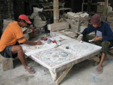 mozaika kamienna, InduStone, produkcja w Indonezji, układanie kamieni